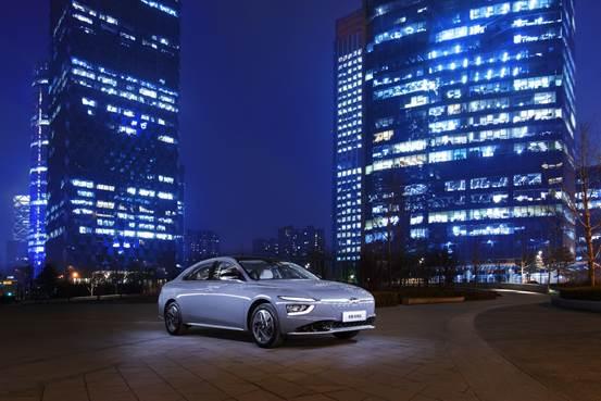"""""""神仙打架""""的新能源汽车领域 谁是纯电家轿质价比王者?-第8张图片-汽车笔记网"""